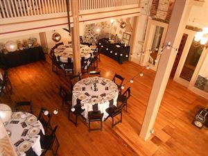 American Hotel & Banquet Room