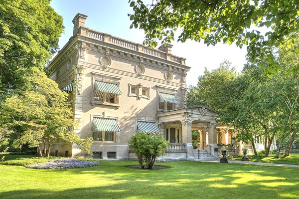 Ruthmere Mansion