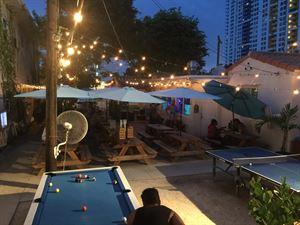 Bikini Hostel, Cafe & Beer Garden