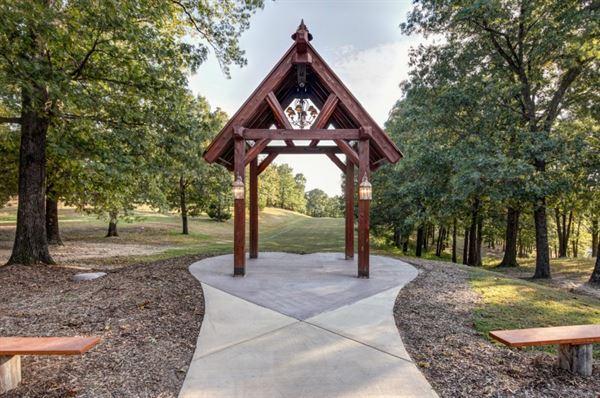 Windsong Chapel at Branson Cedars Resort