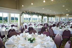 Glen Oak Golf & Banquet Facilities