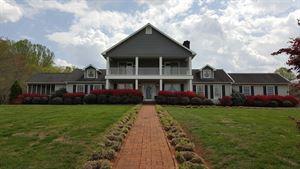 Rosa Lee Manor