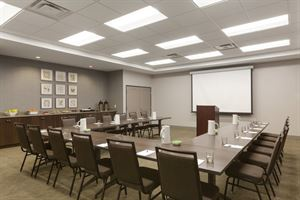 Country Inn & Suites By Carlson, Bloomington at MOA, MN