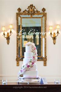 La Creme Wedding Cakes