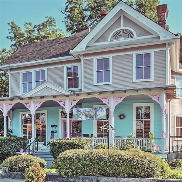The Painted Lady Bed Breakfast and Event Venue