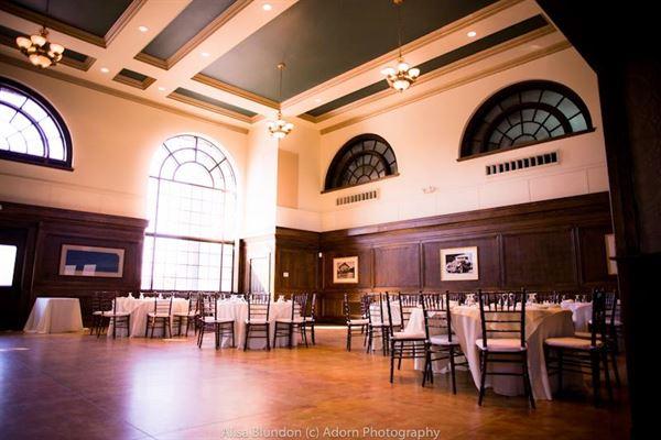 Royal Oak Room at Ironhorse Court