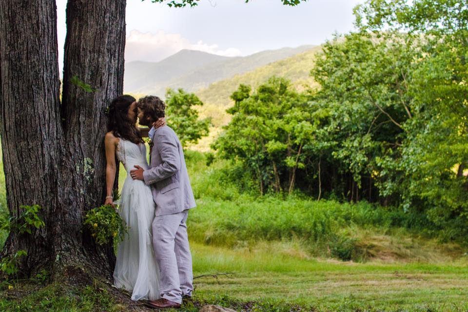 Ivy Creek Family Farm Barnardsville Nc Wedding Venue