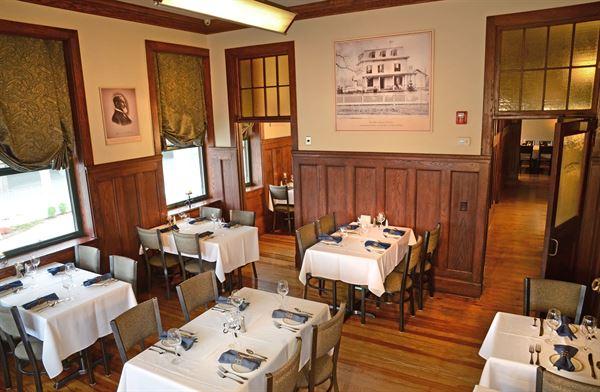 Iron Works Tavern-Hilton Garden Inn