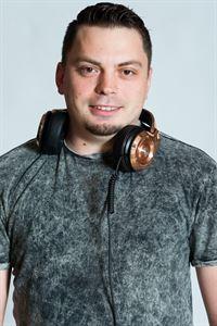 DJ MAX VICTORY MOBILE DJ SERVICE