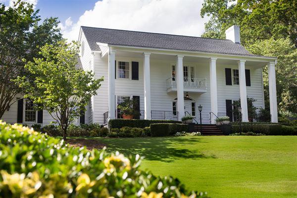 Little Gardens Lawrenceville GA Wedding Venue
