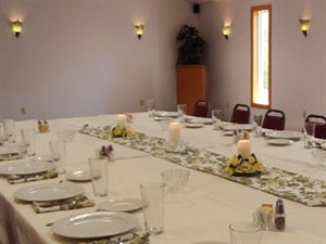 Crosstone Restaurant & Conference Center