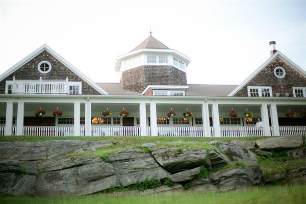 On the Rocks Restaurant at Fox Hopyard Golf Club