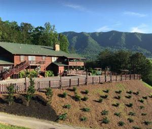 Tuckaleechee Retreat Center and Cabins