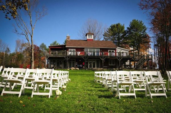 Barn On The Pond: Barn Style Lodging & Events - Saugerties ...
