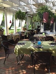 Greenfield Restaurant & Bar