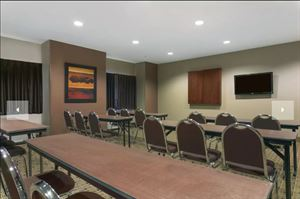 Microtel Inn & Suites by Wyndham Minot