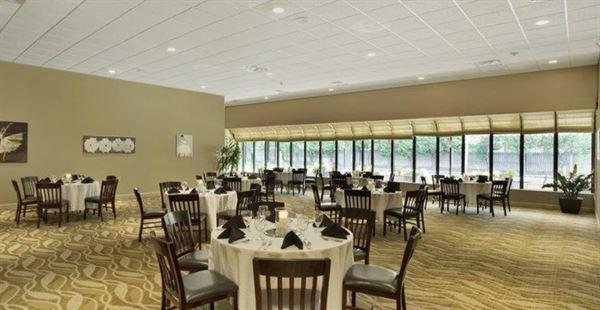 Best Western Plus - Madison-Huntsville Hotel