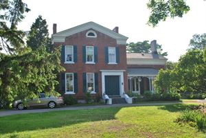 MacKechnie House Bed & Breakfast