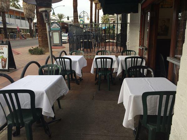 Peabody's Cafe & Bar