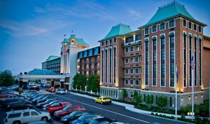 Crowne Plaza Louisville Airport Hotel