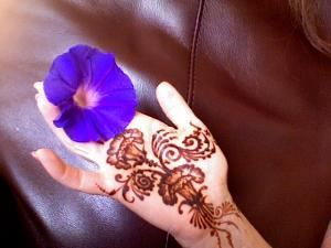 Henna Caravan