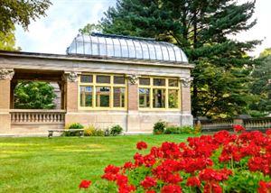 Ruthmere Gardens