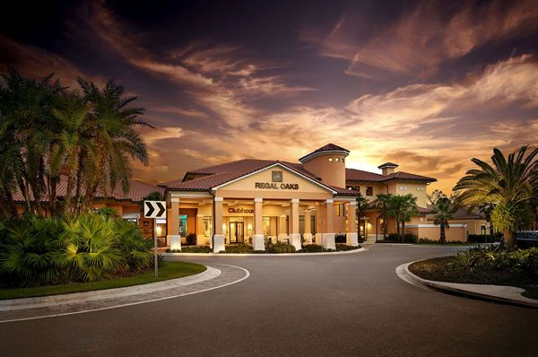 CLC World Regal Oaks Resort