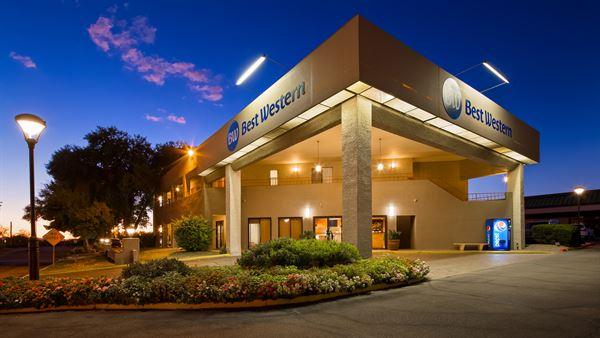 Best Western - InnSuites Tucson Foothills Hotel & Suites