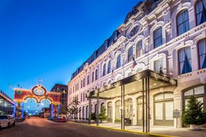 The Tremont House-A Wyndham Grand Hotel