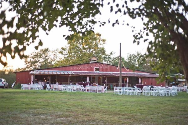 Rustic Acres/Nicoles Cakes & Catering