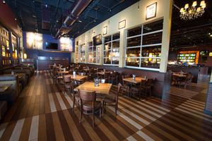 BJ's Restaurant & Brewhouse - International Drive