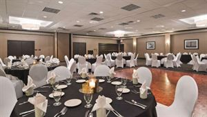 Best Western Plus - Kingston Hotel and Conference Center