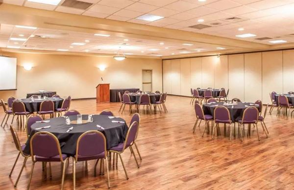 Meeting Venues In Hannibal Mo 180 Venues Pricing Availability
