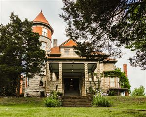 Mansion at Elfindale Bed and Breakfast
