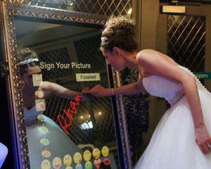 Bam Photo Booth