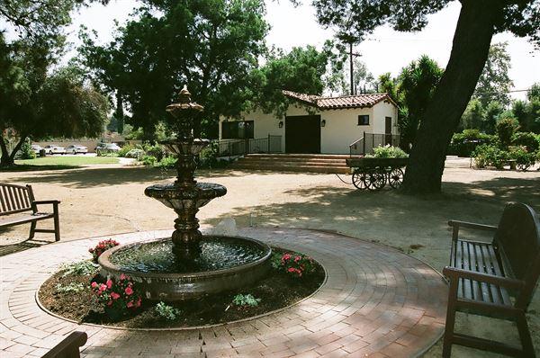 Tarzana Community & Cultural Center