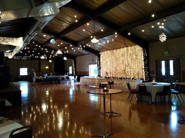 Hayloft Hoagland In Wedding Venue