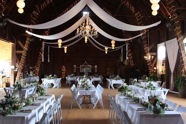 Wingate Barn Livonia Ny Wedding Venue