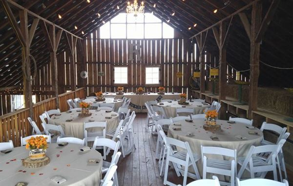 Robards Barn Amp Venue Shepherdsville Ky Wedding Venue