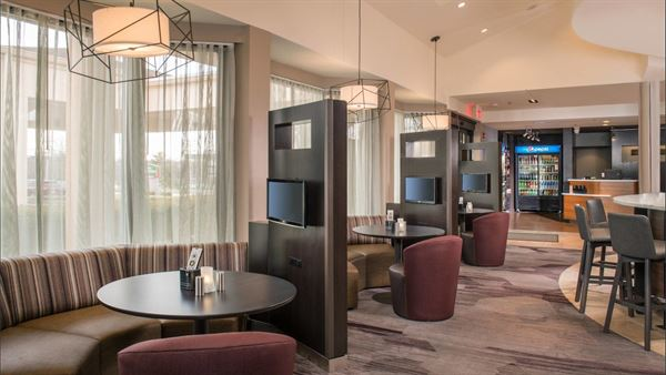 Courtyard by Marriott Dulles Airport Herndon Hotel