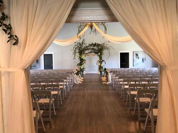the antler tupelo ms wedding venue. Black Bedroom Furniture Sets. Home Design Ideas
