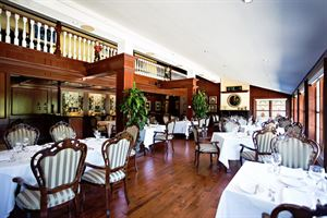 Terrace On The Green Fine Restaurant