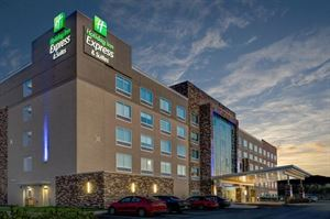 Holiday Inn Express & Suites Indianapolis NE-Noblesville