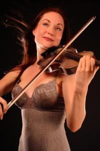 Classical Crossover Violinist Catya Maré