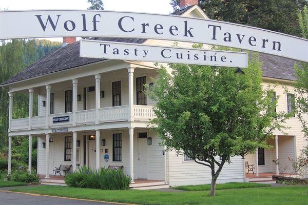 Wolf Creek Inn and Tavern