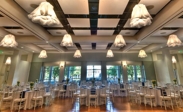 Day Hall Has Undergone A Beautiful Transformation With Completely Updated Décor The Largest Event E In Garden It Is Available For Diverse Needs