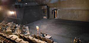 Met Theatre