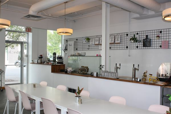 Revolve Cafe
