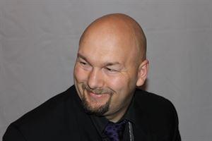 Jesse Lewis Comedy Hypnotist