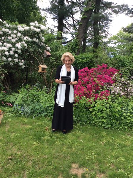 Wedding Minister/Officiant Connecticut - Ceremonies from the Heart